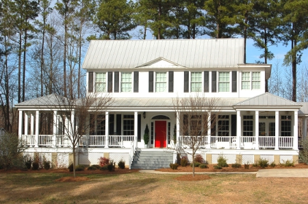 Georgia realty sales inc home for sale in washington for Southern style homes with wrap around porch for sale